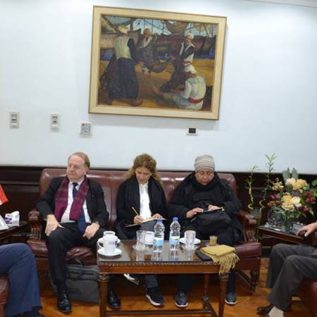 Alexandria University discusses methods to develop International Organization of the Francophone activities