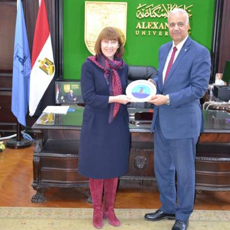 Alexandria University receives British Council Director